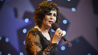 Paula Koivuniemi esiintyy Joulun tähdet -konsertissa