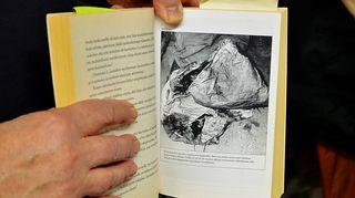 Kirjailija Hannes Markkula esittelee Bodom -järven surman telttaa