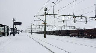 Malmivaunuja Kiirunan juna-asemalla