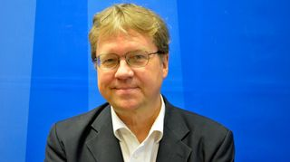Apulaiskaupunginjohtaja, kirjailija Pekka Sauri Taustapeilin vieraana 23.9.2014.