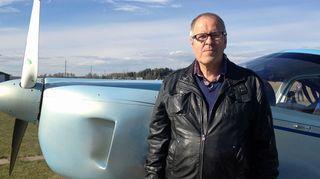 Jarmo Hakala harrastaa lentokoneiden rakentamista.
