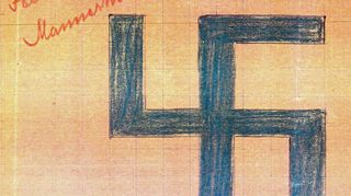 Vuonna 1918 hyväksytty Suomen ilmavoimien hakaristi -tunnus.