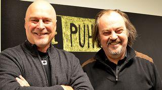 Kuvassa psykologi Tony Dunderfelt ja näyttelijä Juhani Laitala.