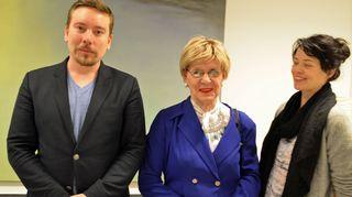 Perttu Häkkisen vieraina Eveliina eli Ensio Nyman sekä Setan Yhdenvertainen vanhuus -hankeen projektipäällikkö Salla-Maija Hakola.
