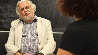 Kuvassa psykologian ja psykoterapian professori emeritus Jyväskylän yliopistosta Jarl Wahlström.