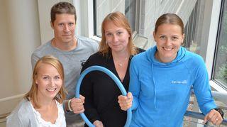 Kuvassa miesten telinevoimistelun lajipäällikkö Jani Tanskanen, valmennuspäällikkö Liisa Ahlqvist-Lehkosuo ja rytmisen voimistelun lajipäällikkö Emma Kurki.
