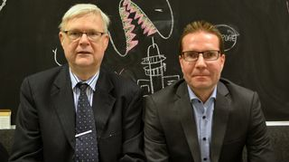 Pörssipäivässä keskustelemassa sijoituskirjailija Mika Hyttinen ja konkarisijoittaja Kim Lindström.