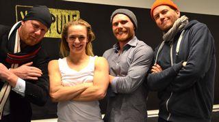 Kuvassa ovat Tommy Lindgren ja Petteri Sihvonen sekä Oona Kivelä ja Panu Autio.