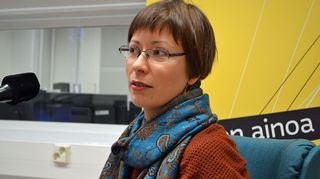 Kuvassa herkkyyskirjailija Janna Satri.