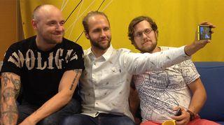 Kuvassa Iholla-sarjan miehet: Yrjänä, Esko ja Jukka