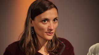 Eloise Lebourg, ranskalainen Mediacoop -viestintäkollektiivin tutkiva journalisti.