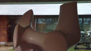 Henry Mooren Jousimies-veistos  Didrichsenin taidemuseossa Helsingissä