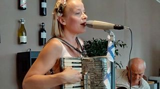 Varia Sjöström, Jahn