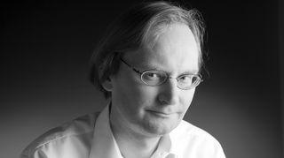 Ville Suhonen sai Tiedonjulkistamisen valtionpalkinnon 2016 dokumenttielokuvasta Ompelijatar.