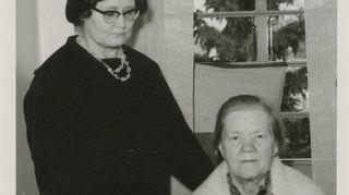 Äiti ja isoäiti