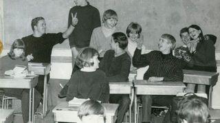Liisa Susiluoto Tikkurilan yhteiskoulun 6. luokalla lukuvuonna 1966-67