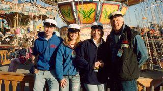 Tapio Sariola perheineen vappuna tivolissa