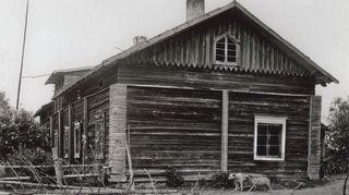 Matariston talo kuvattuna 1800–1900-lukujen vaihteessa.