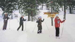 Pienenä tyttönä Sonja Ängeslevä rakasti hiihtämistä, joka oli 5-henkisen perheen yhteinen harrastus.