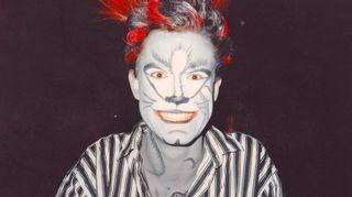 Vuonna 1986 Helsingin kaupungin teatterissa pyöri musikaali Cats, johon  Marco pääsi mukaan koe-esiintymisen kautta.