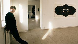 Anita Jensen valmistui taidegraafikoksi vuonna 1985 Taideakatemian koulusta.