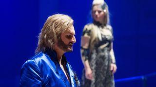 Christian Juslin (Achti Lemminkäinen) ja Kaisa Ranta (Ismo)