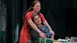 Hanna-Elisabeth Müller (Marzelline) ja Adrianne Pieczonka (Leonore)