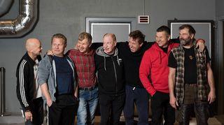 Radioteatteri esittää: Seitsemän veljestä, osa 1/30 (2016): Kuvassa vasemmalta: Tero Jartti, Pertti Koivula, Taisto Reimaluoto, Jari Pehkonen, Martti Suosalo, Jarmo Mäkinen ja Kai Lehtinen.