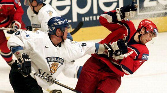 Jääkiekkojoukkueet Suomi ja Venäjä