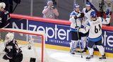 Suomi juhlii 2-1-maalia.