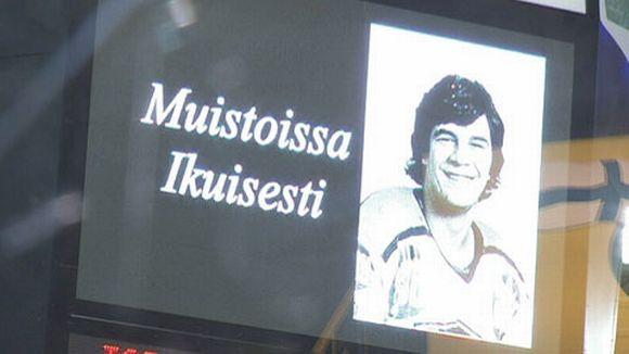 Pekka Marjamäkeä muistellaan Hakametsässä.