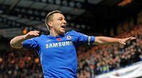 Chelsean John Terry tuulettaa tekemäänsä maalia.