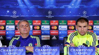 Jose Mourinho ja Branislav Ivanovic lehdistötilaisuudessa