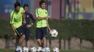 Luis Suárez ja Sergi Roberto Barcelonan harjoituksissa.