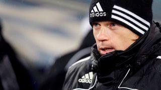 HJK:n päävalmentaja Mika Lehkosuo lähikuvassa.