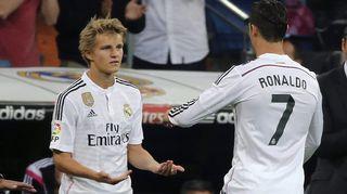 Martin Ødegaard ja Cristiano Ronaldo