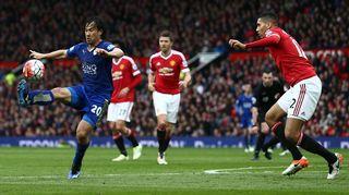Manchester United ja Leicester kentällä