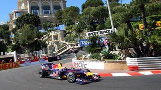 Formula 1 auto Monacon radalla.