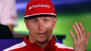 Kimi Räikkönen puhui lehdistötilaisuudessa