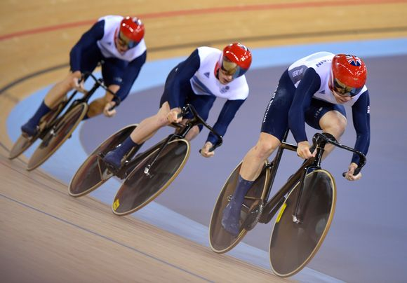 Chris Hoy, Jason Kenny ja Philip Hindes.