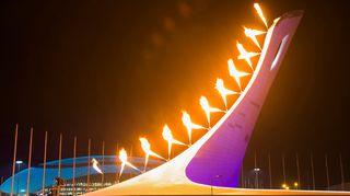 Sotshin olympiatuli kuvassa