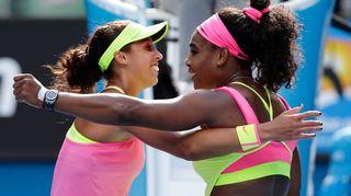 Madison Keys ja Serena Williams.