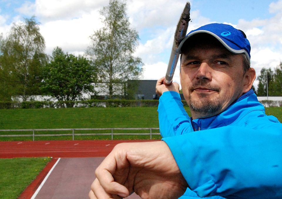 Suomalainen huippuvalmentaja avautuu eronsa syist� � �Se l�i ...