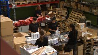 Pakkaustyö on tyypillistä tuotantoa bovallius-palvelut oy:n työpankissa hämeenlinnassa.