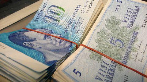 MEP: Bring back marks, francs and lire alongside euros