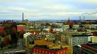Tampereen keskusta yläilmoista pohjoiseen päin kuvattuna