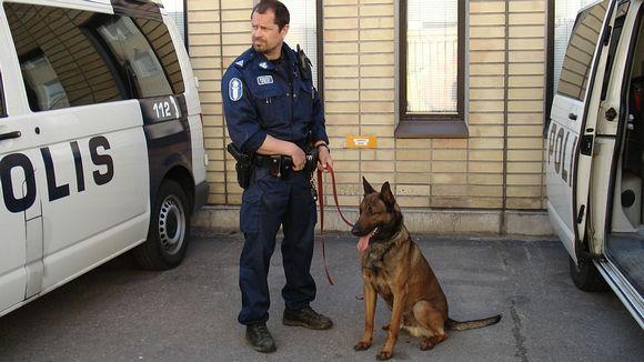 Poliisi Koira