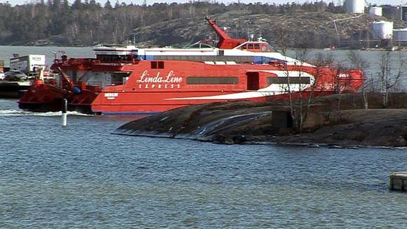 Pienikin aallokko voi laittaa laivaliikenteen sekaisin | Yle Uutiset | yle.fi