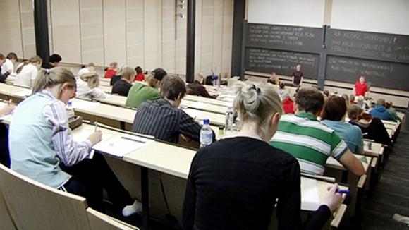 Yliopiston pääsykoerumba pyörähti käyntiin | Yle Uutiset | yle.fi