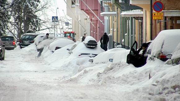 Lumi Laukut Suomi : Millasia autoja teill? on sivu pakkotoisto